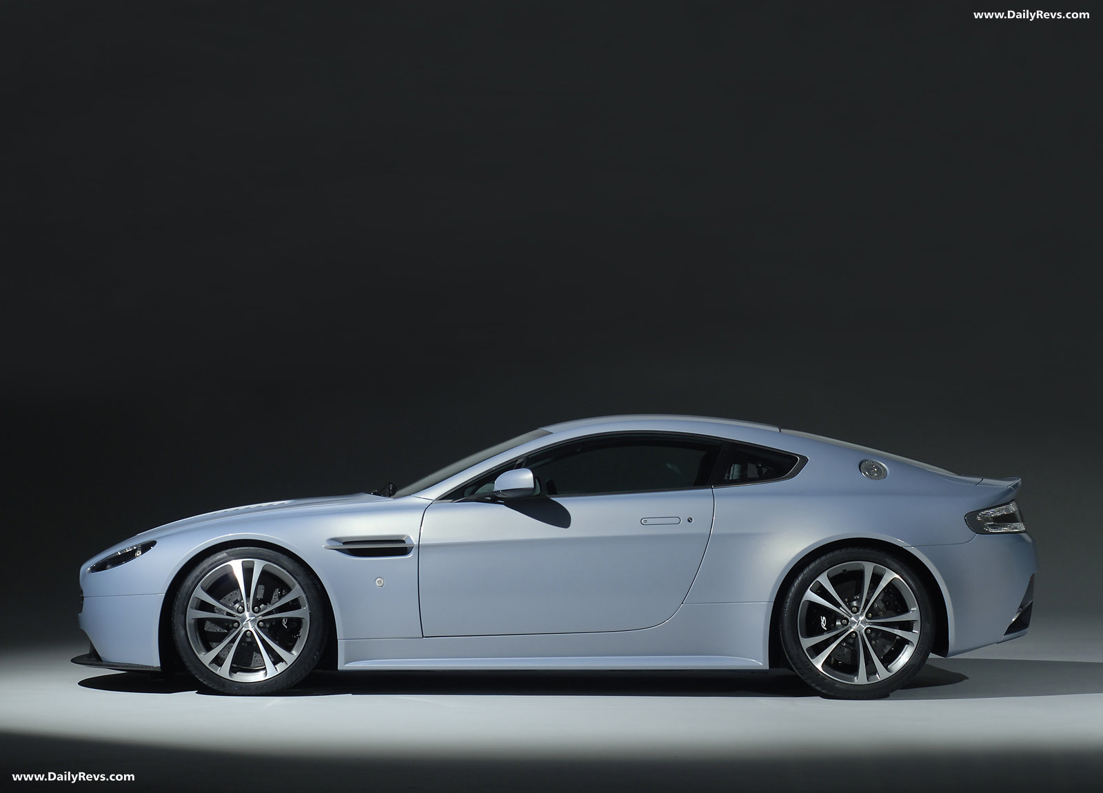 2007 Aston Martin V12 Vantage Rs Concept Dailyrevs
