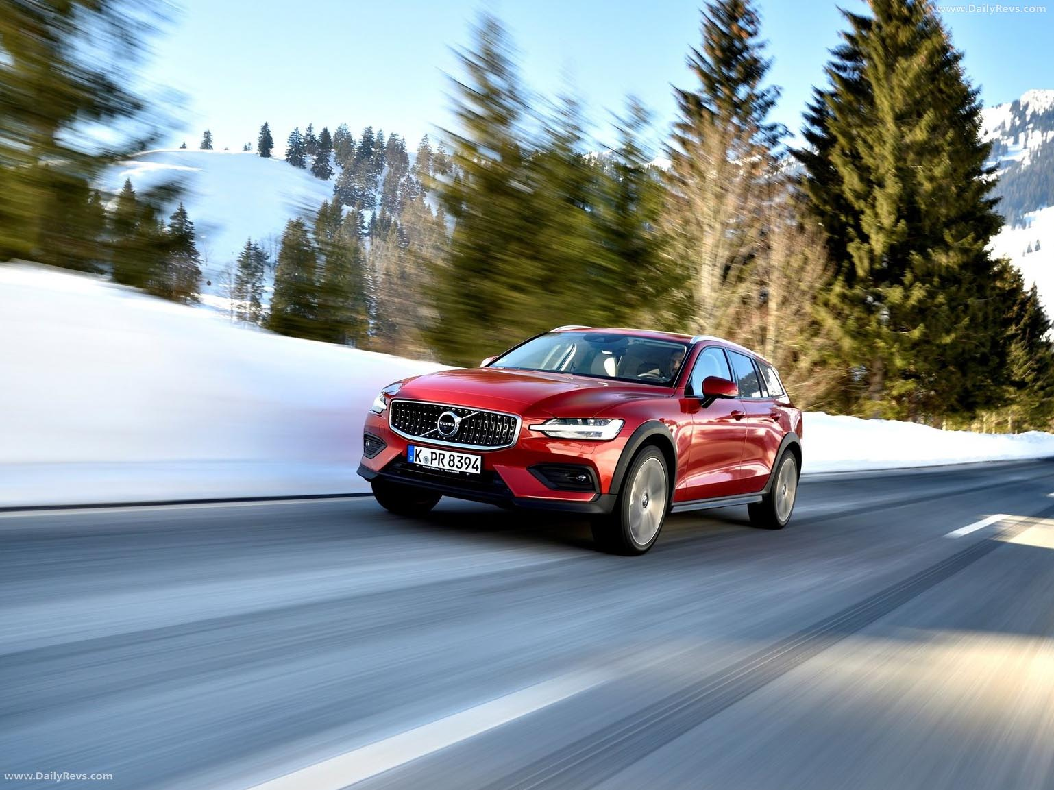 2019 Volvo V60 Cross Country - HD Pictures,Specs ...