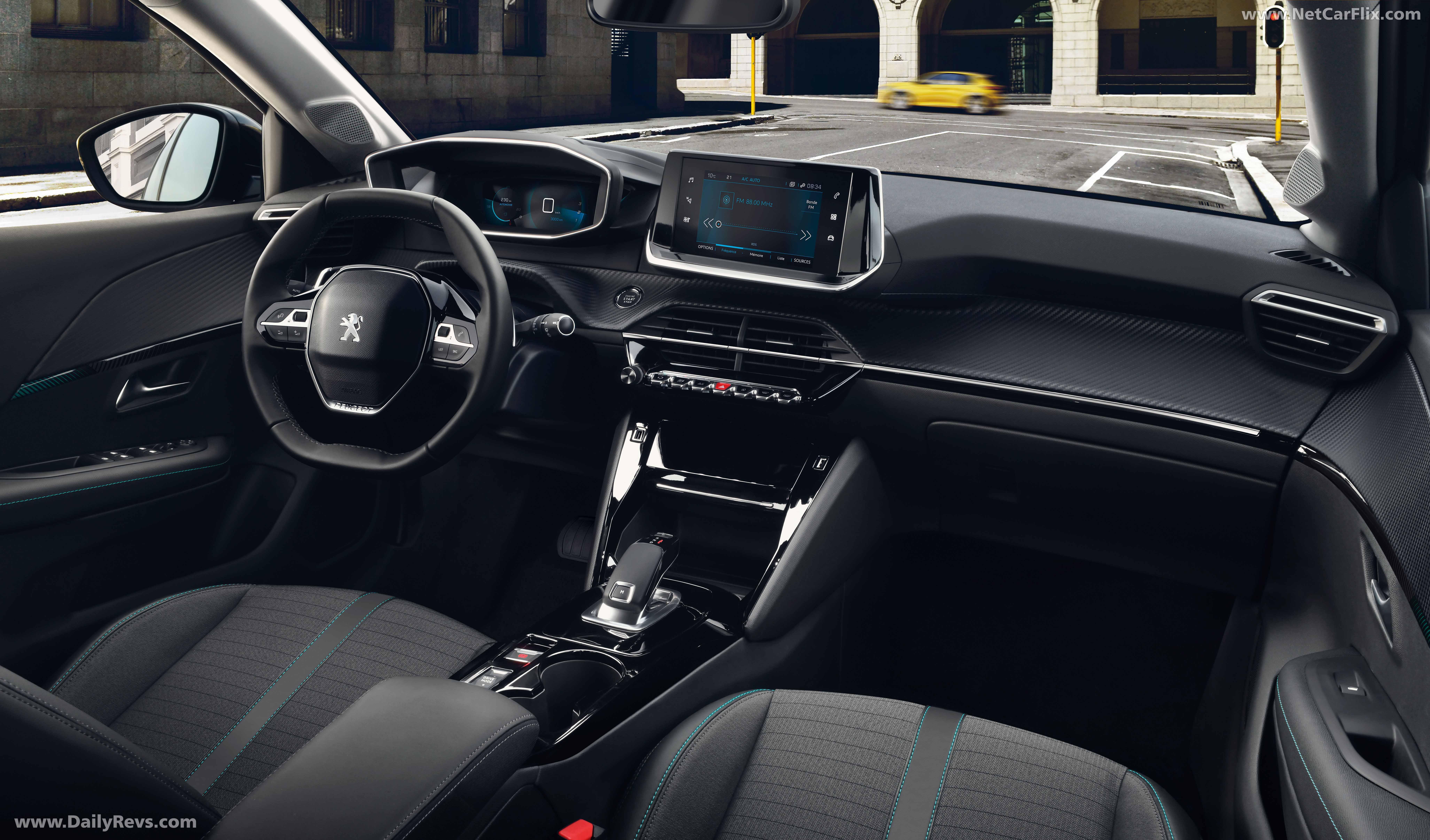 2020 Peugeot e-208 full
