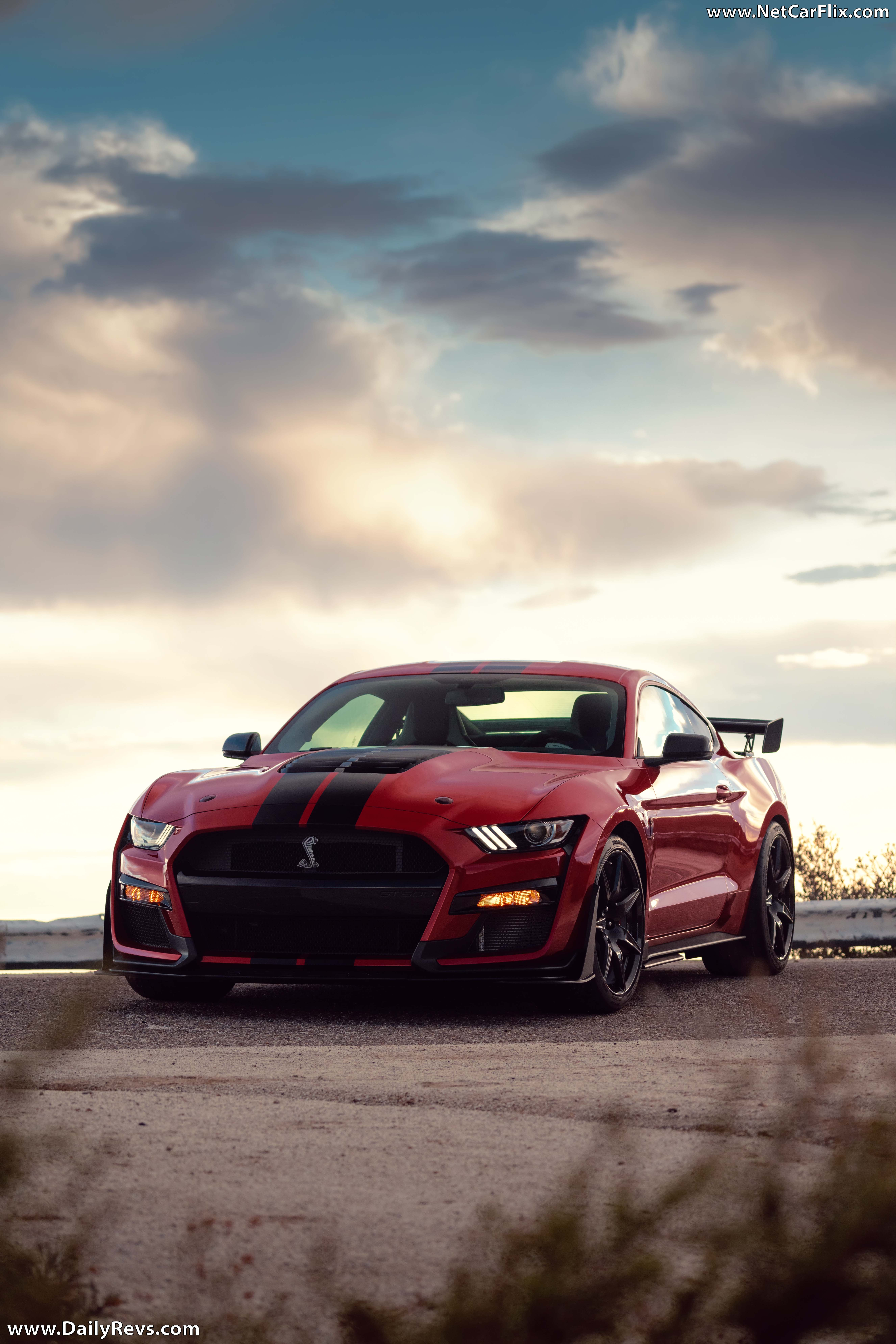 2020 Ford Mustang Pictures