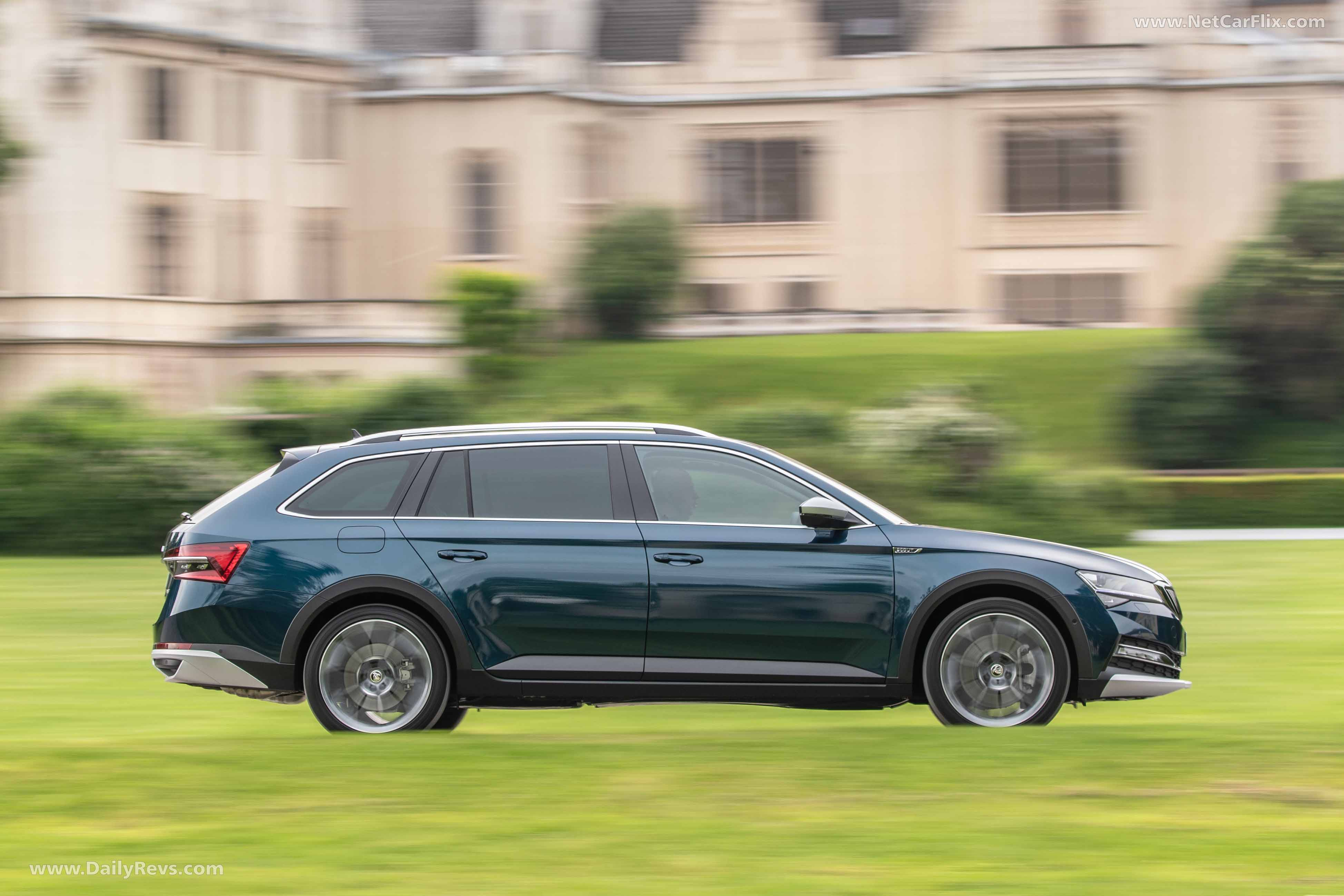 2020 Skoda Superb Scout - HD Pictures, Videos, Specs ...