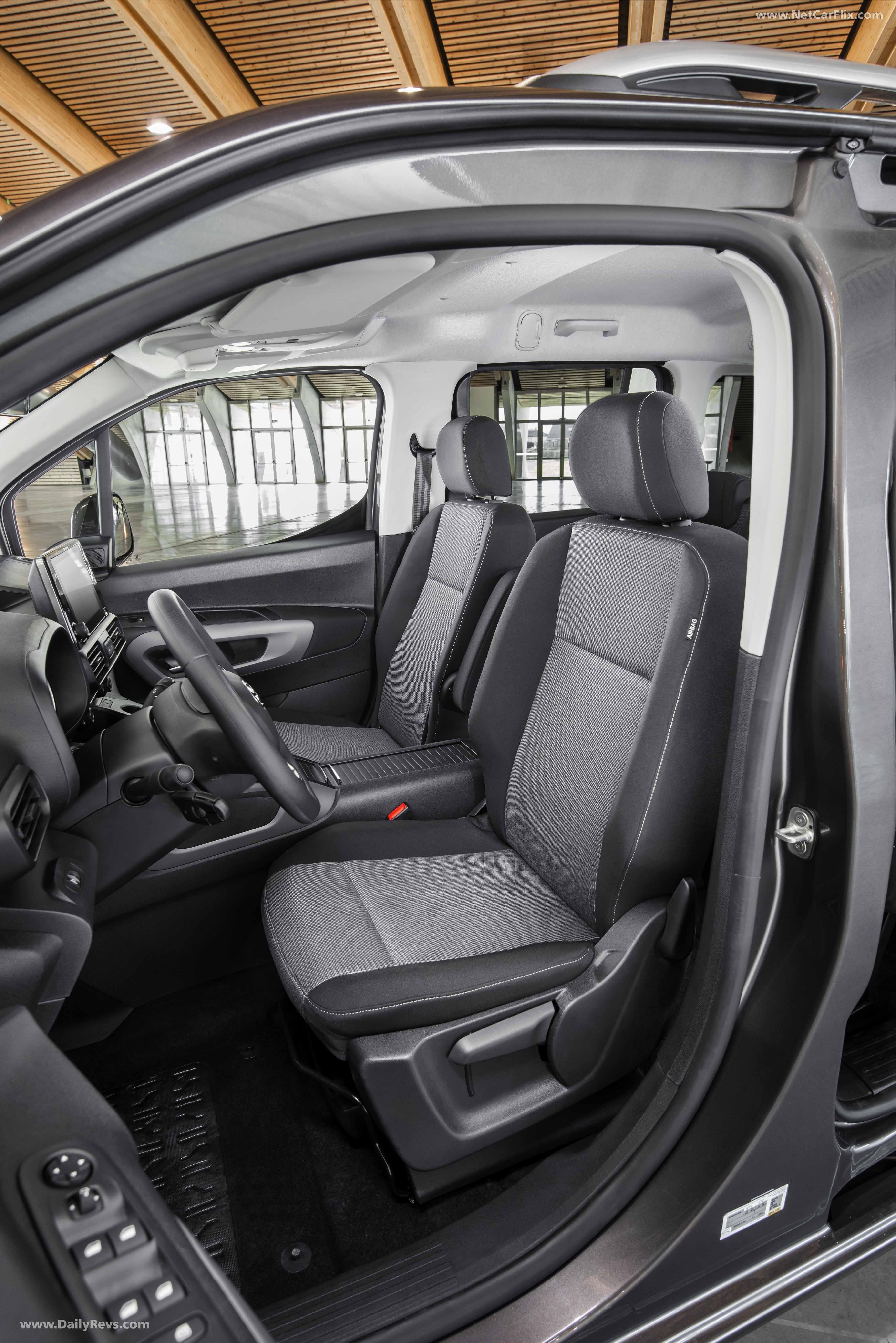 2020 Toyota ProAce City Verso - Dailyrevs