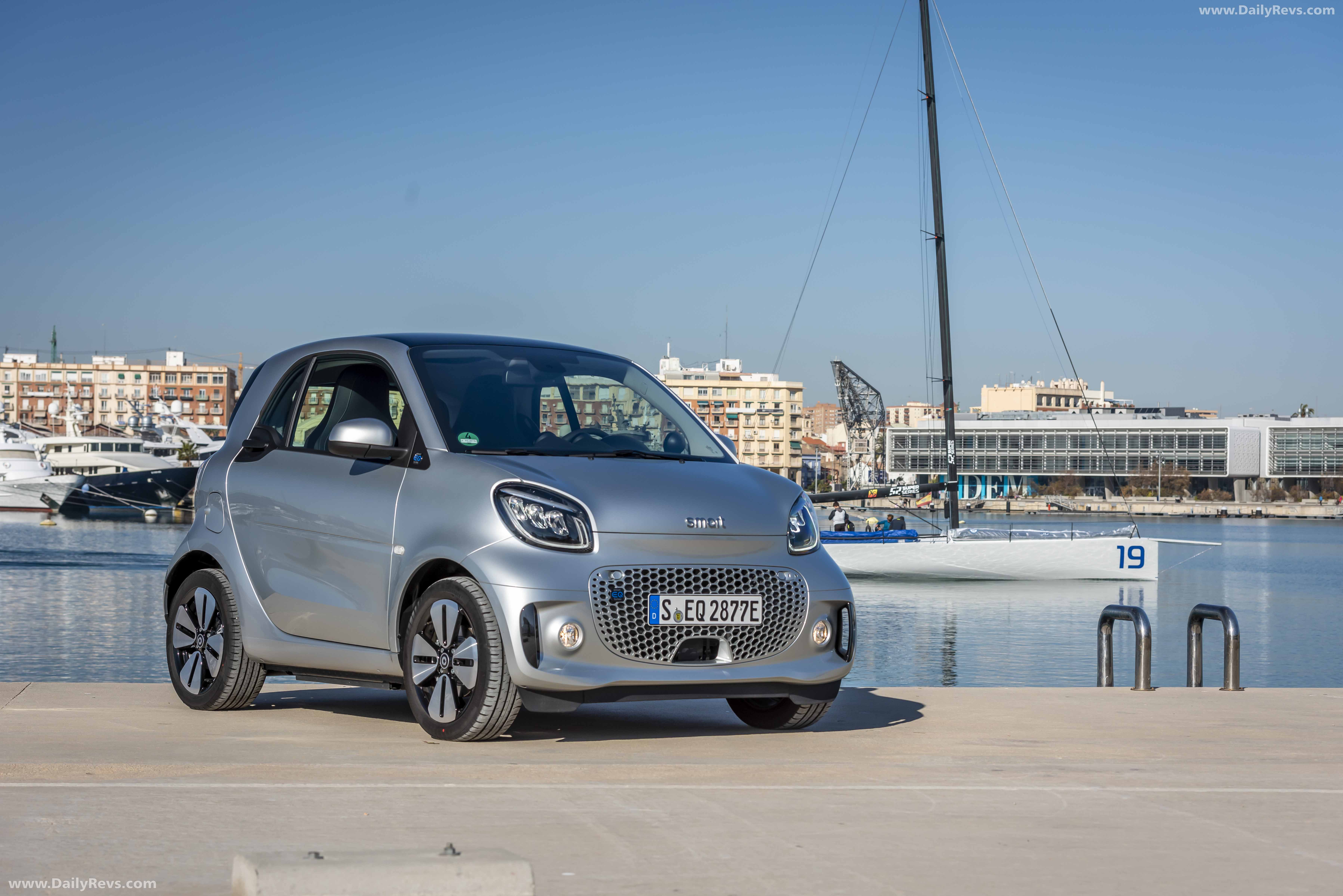 2020 Smart EQ fortwo - HQ Pictures, Specs, Information and ...