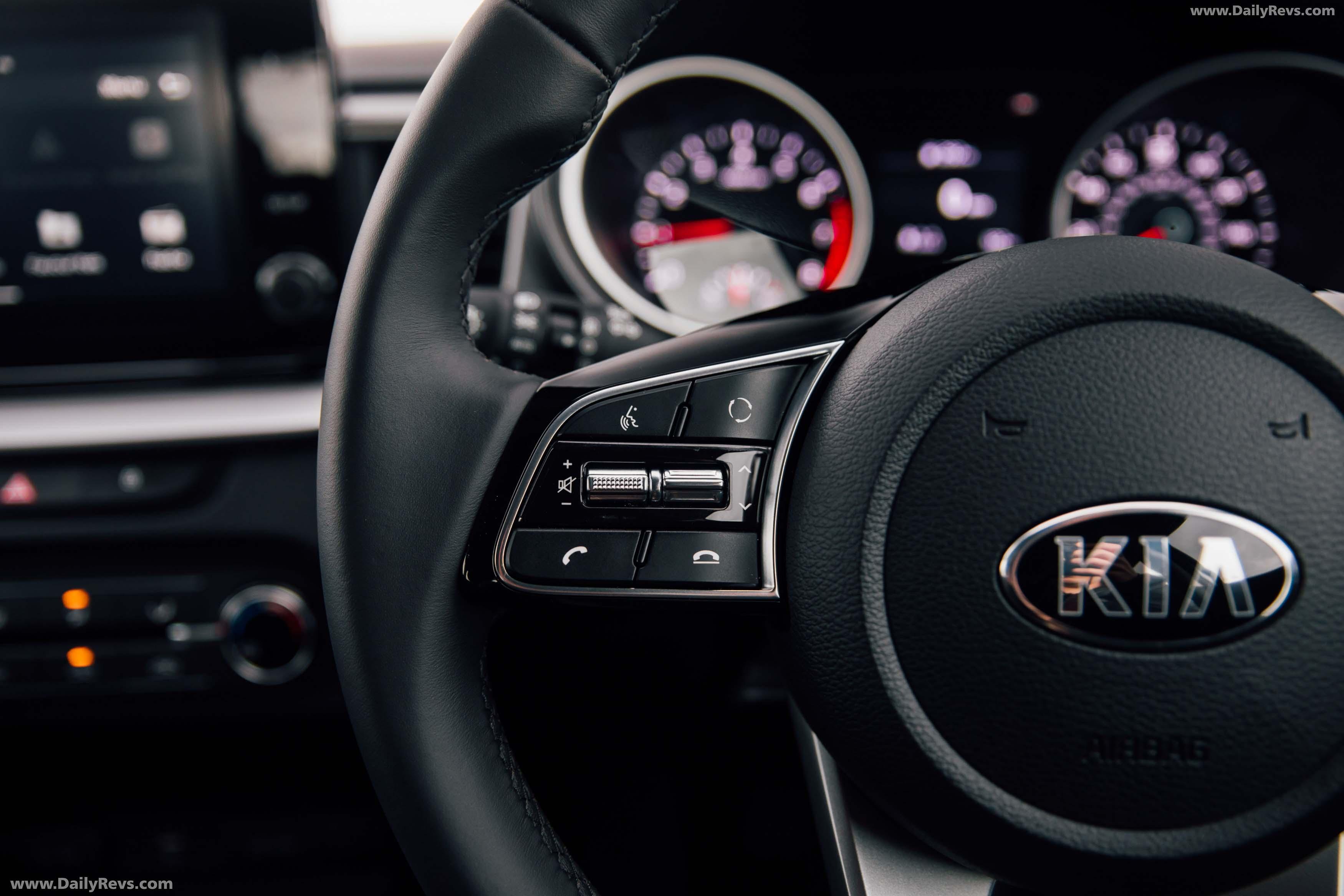 2020 Kia XCeed [UK] full