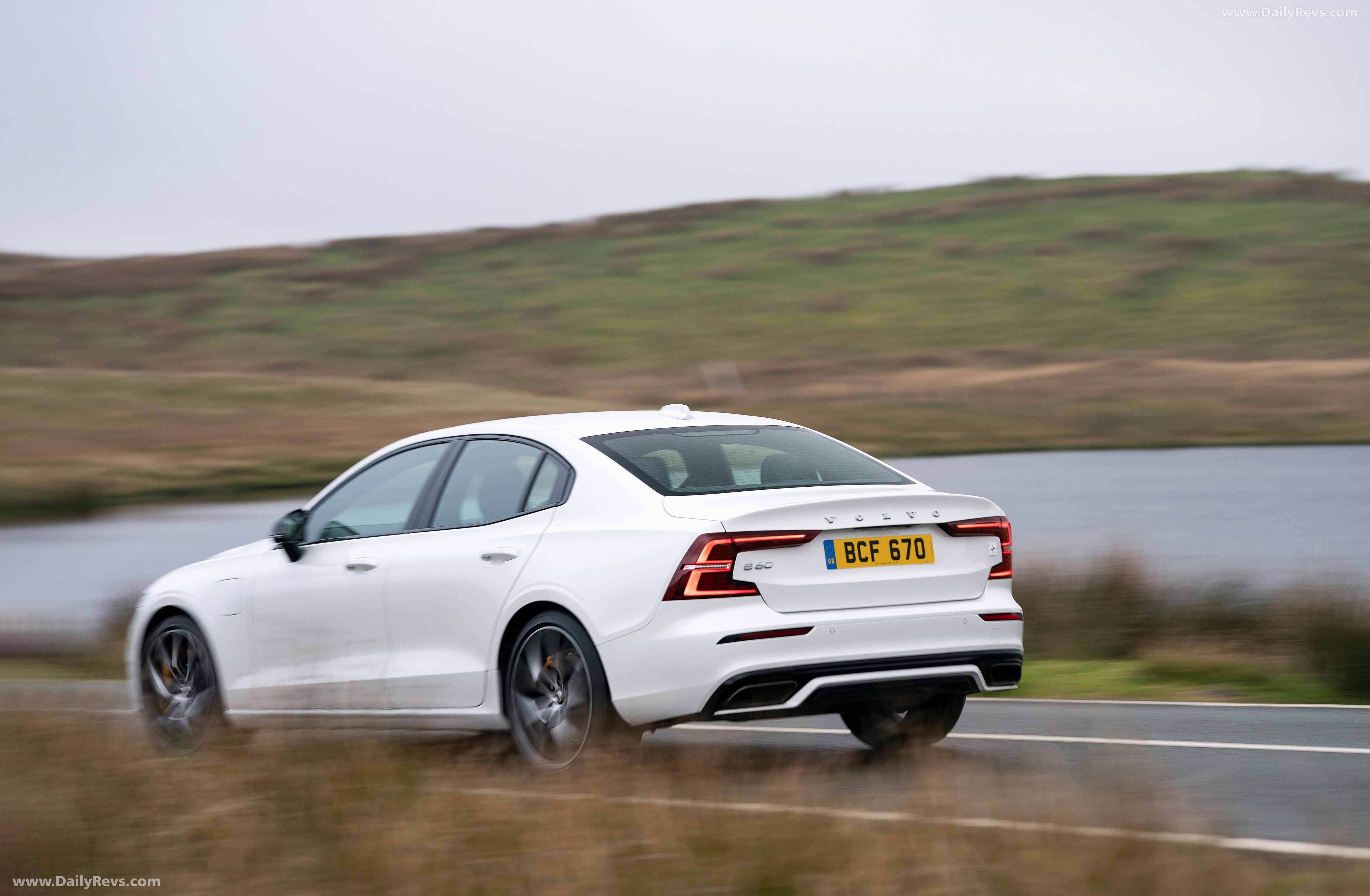 2019 Volvo S60 T8 Twin Engine Polestar Engineered
