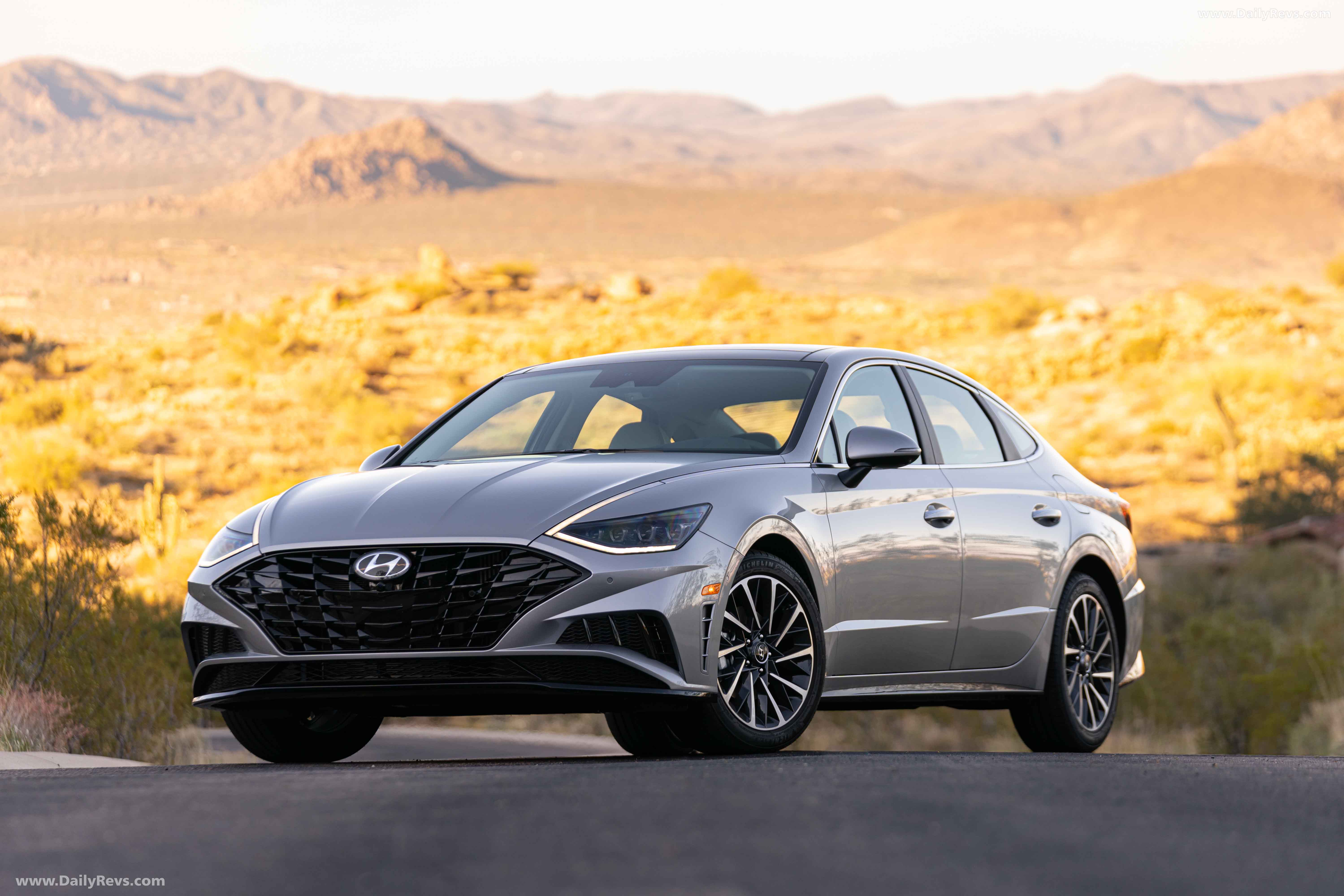 2020 hyundai sonata limited - hd pictures, videos, specs
