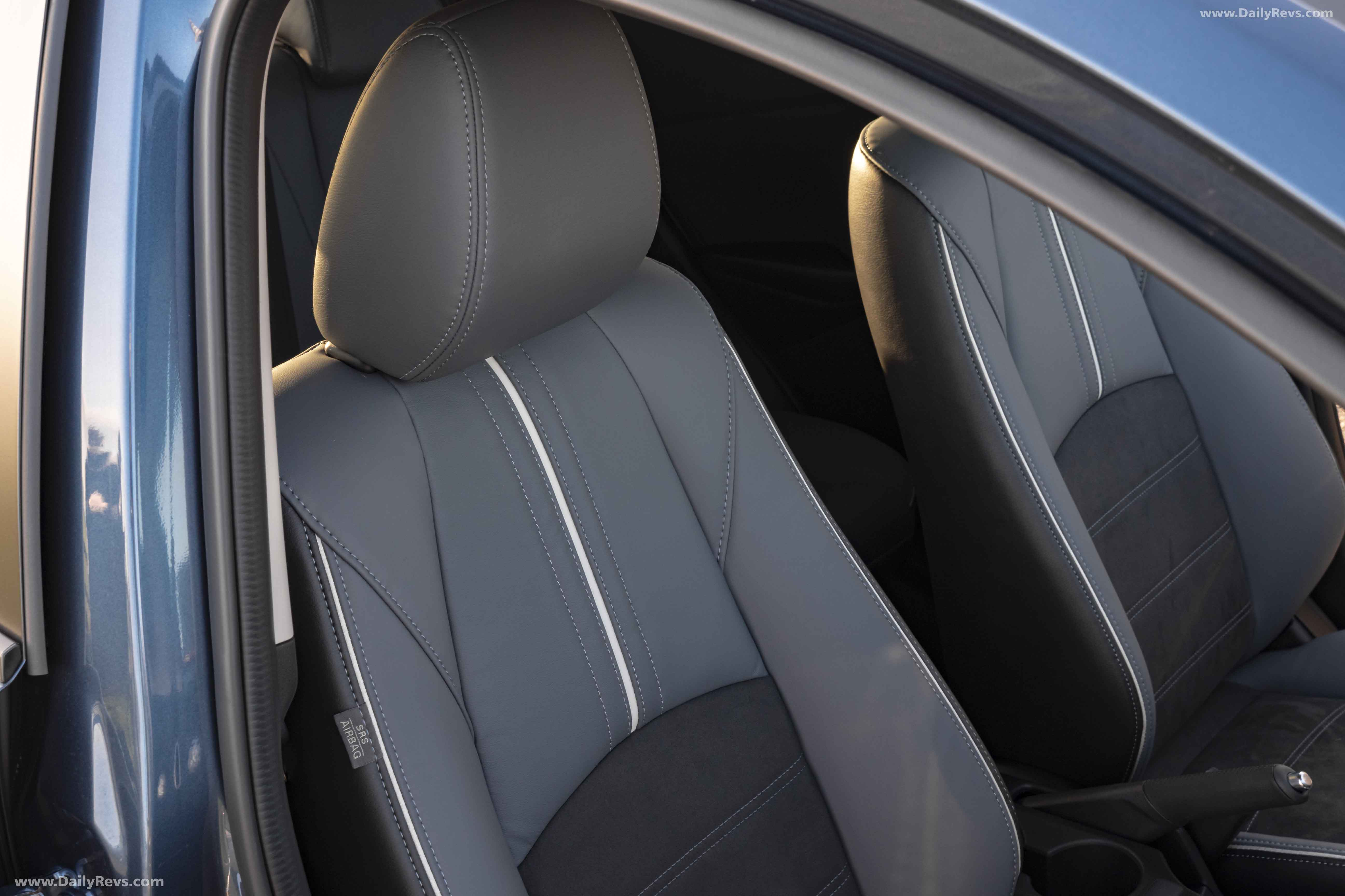 MAZDA 2 FULL CAR SEAT COVER SET RED STRIPES 07+