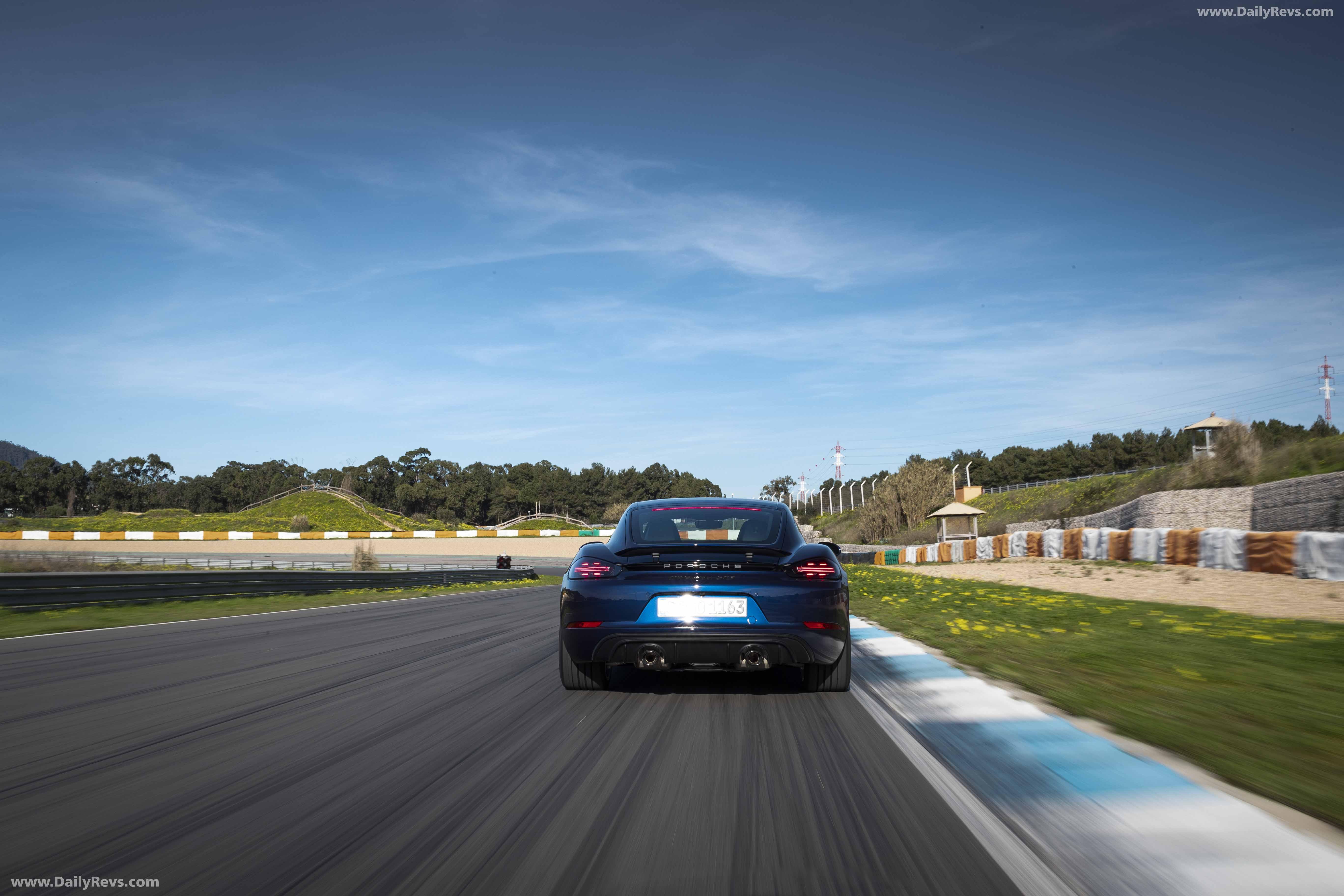 2020 Porsche 718 Cayman GTS 4.0 - HD Pictures, Videos ...