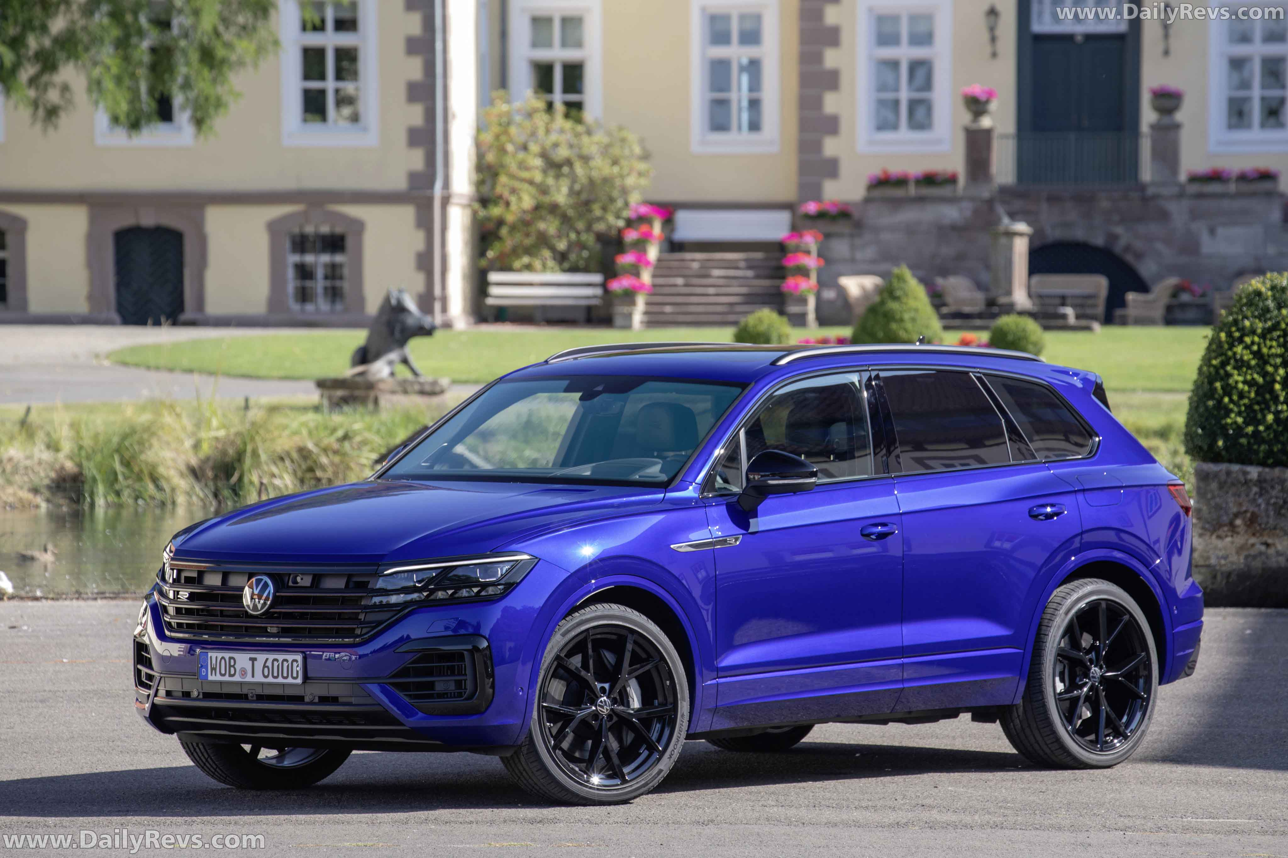 2020 Volkswagen Touareg R PHEV - HD Pictures, Videos ...