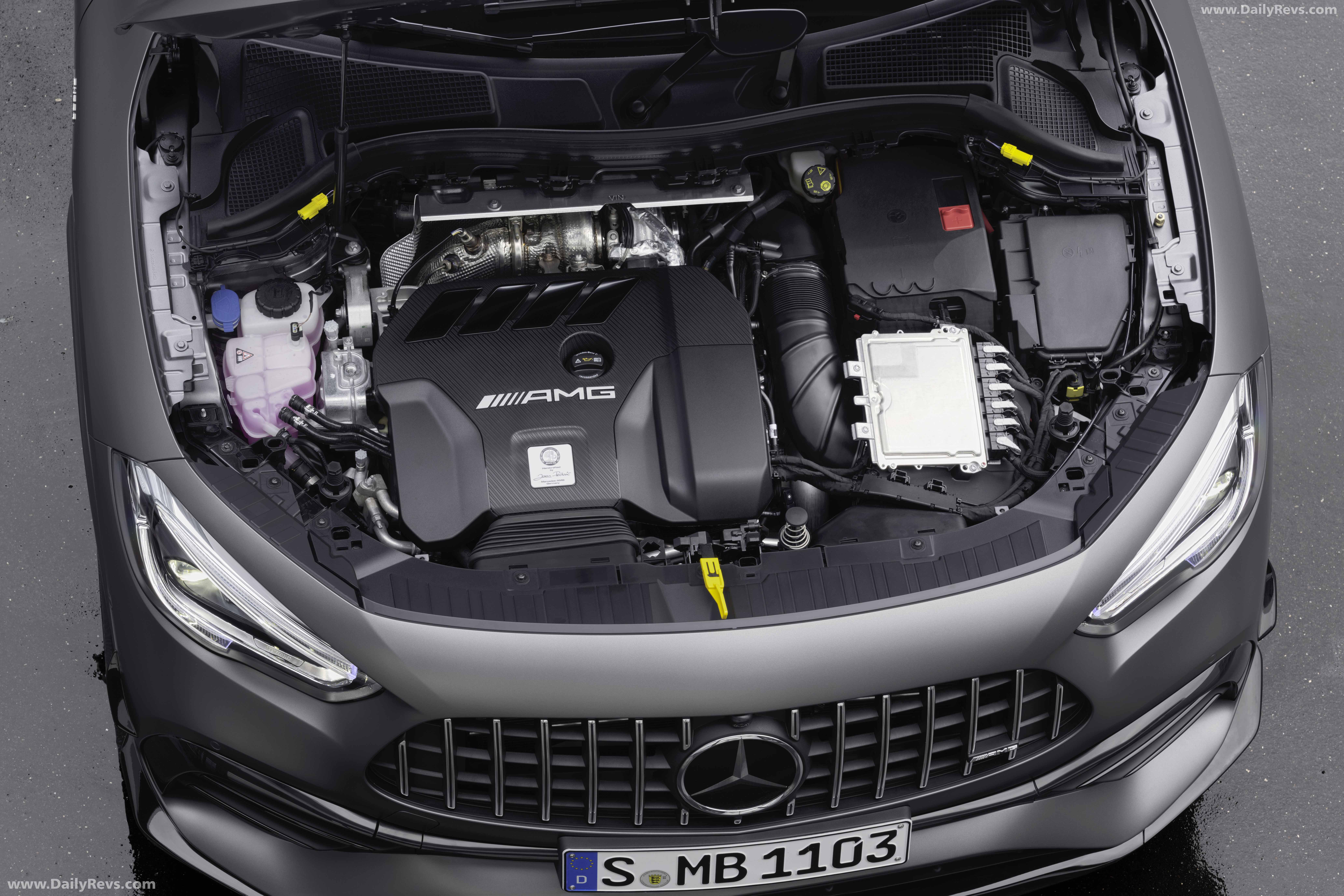 2021 Mercedes-Benz GLA45 S AMG - HD Pictures, Videos ...