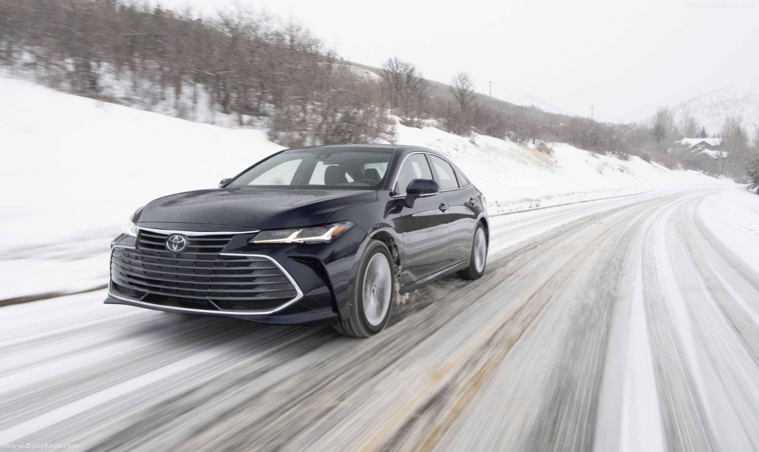 2021 toyota avalon limited awd  hd pictures videos