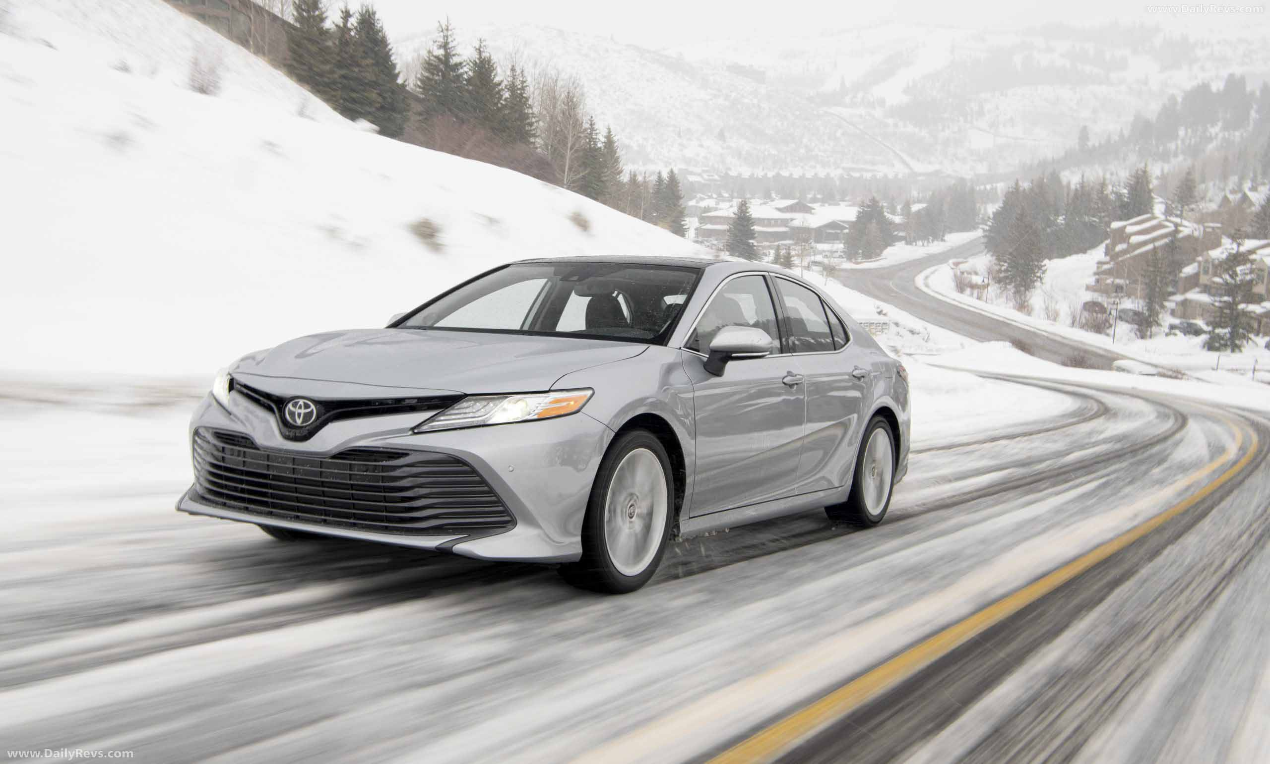 2021 toyota camry xle awd  hd pictures videos specs