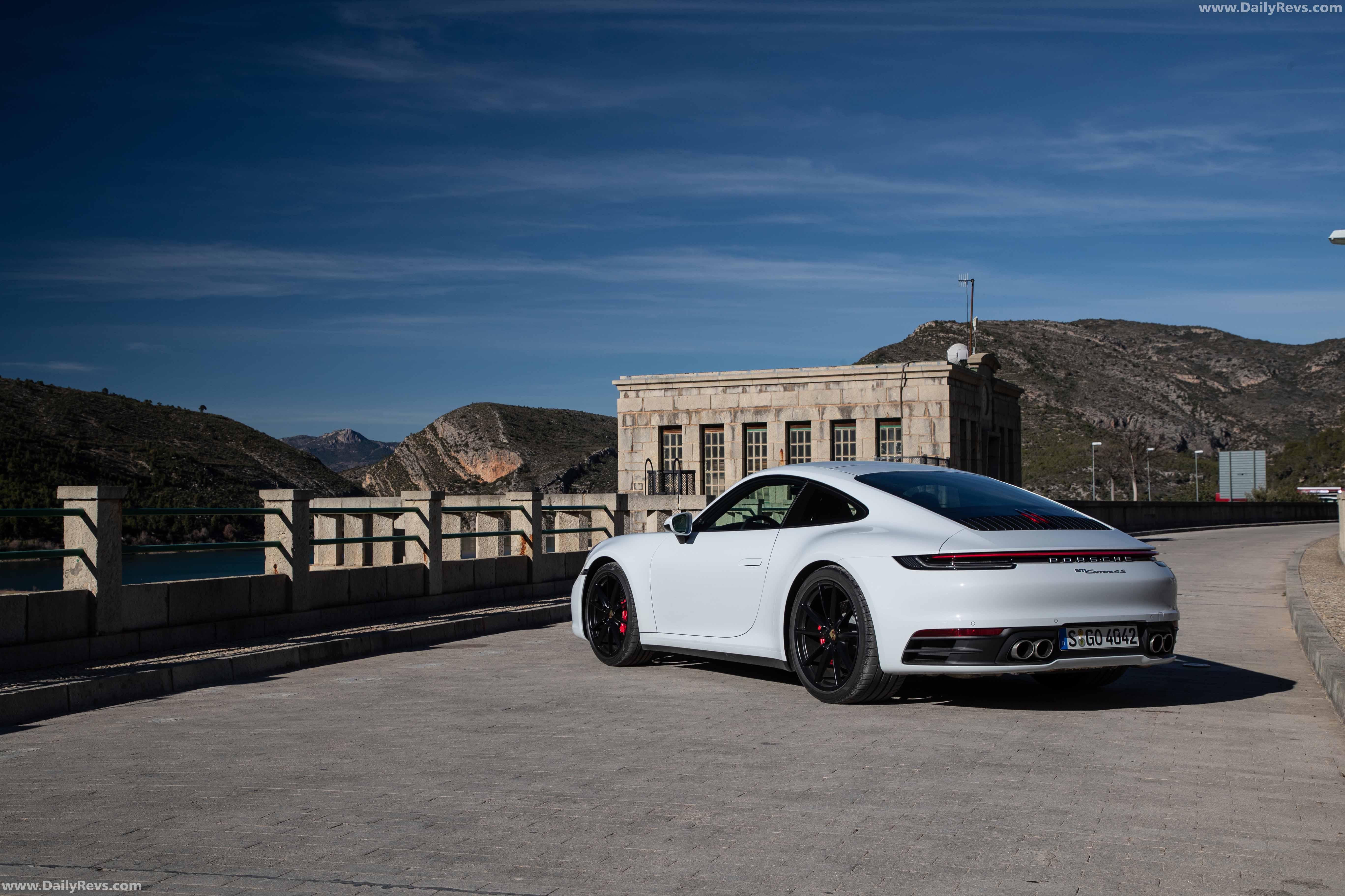 2019 Porsche 911 Carrera 4S - Carrera White Metallic - Dailyrevs