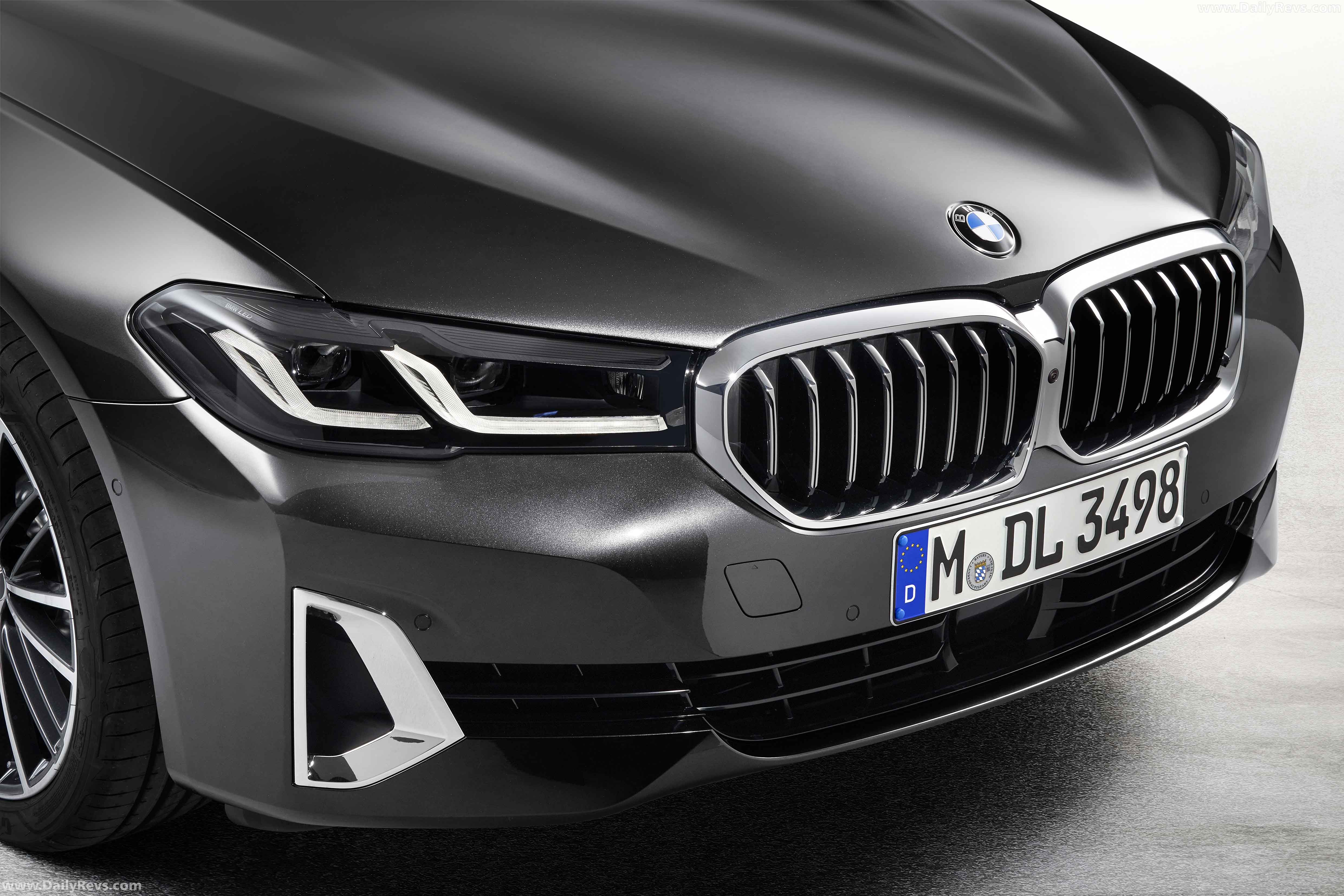 2021 bmw 5series touring  dailyrevs