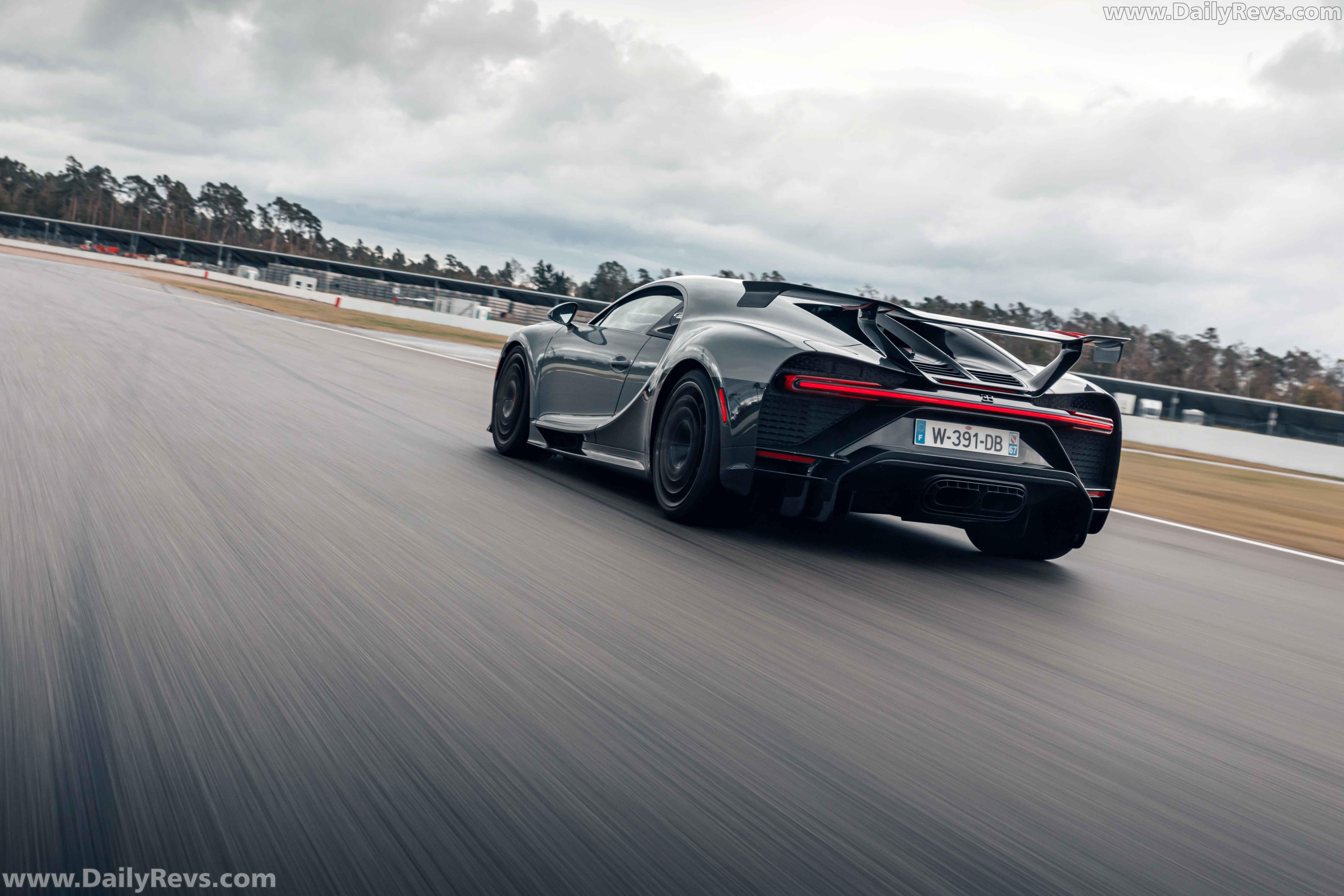 2021 Bugatti Chiron Pur Sport full