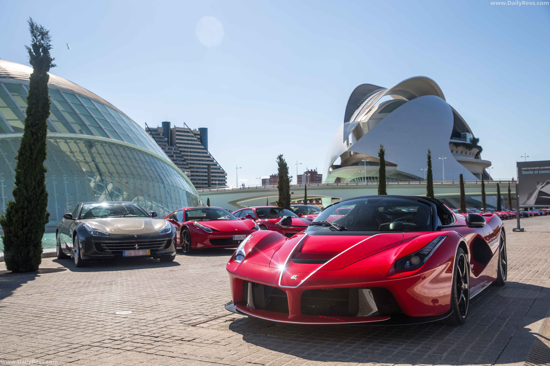 2017 Ferrari LaFerrari Aperta full