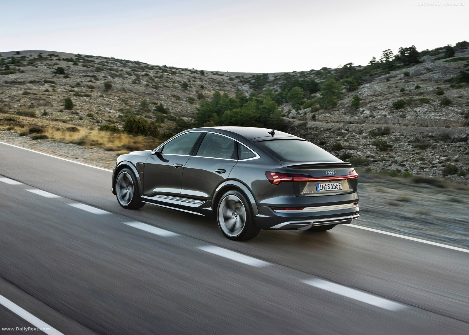 2021 Audi e-tron S Sportback full