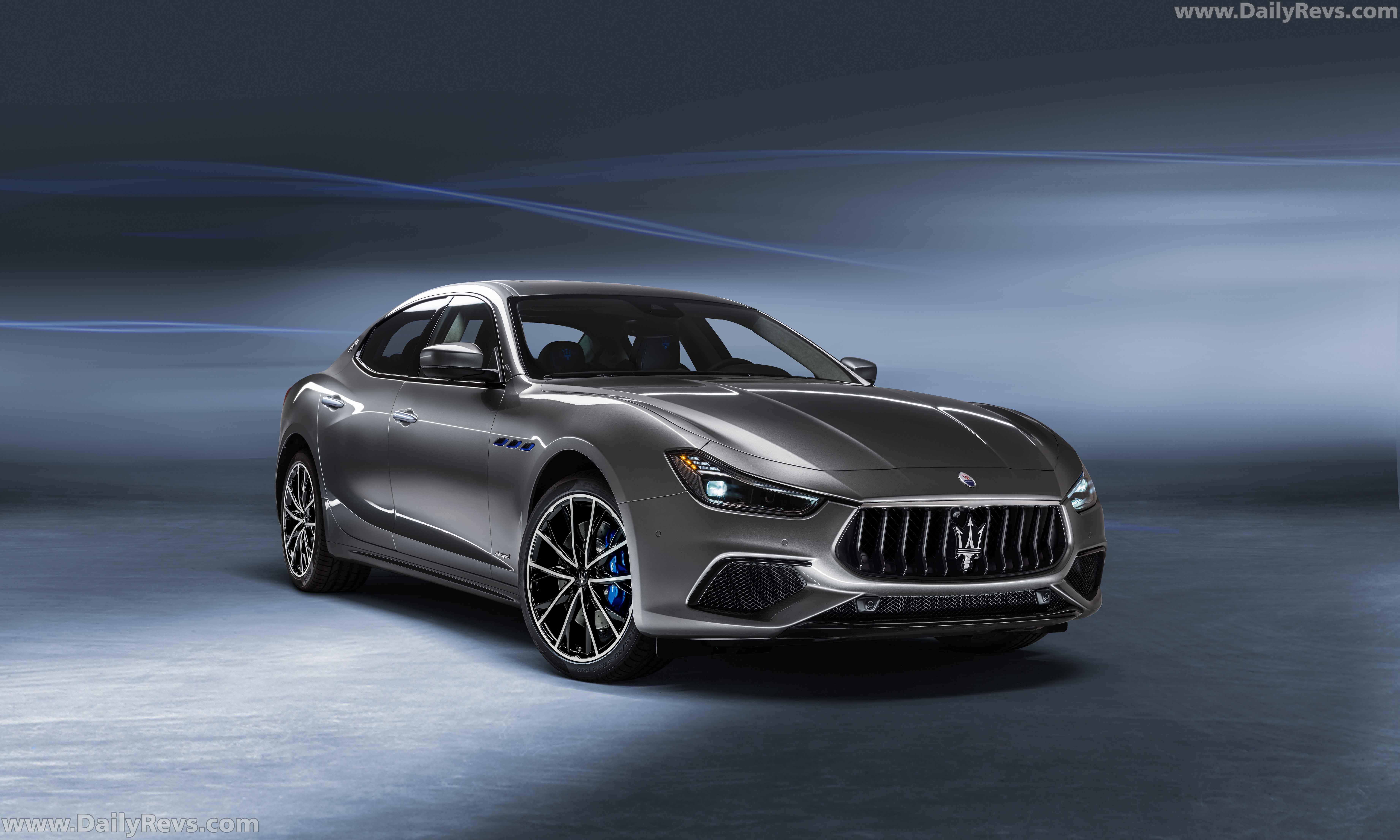 2021 Maserati Ghibli Hybrid full