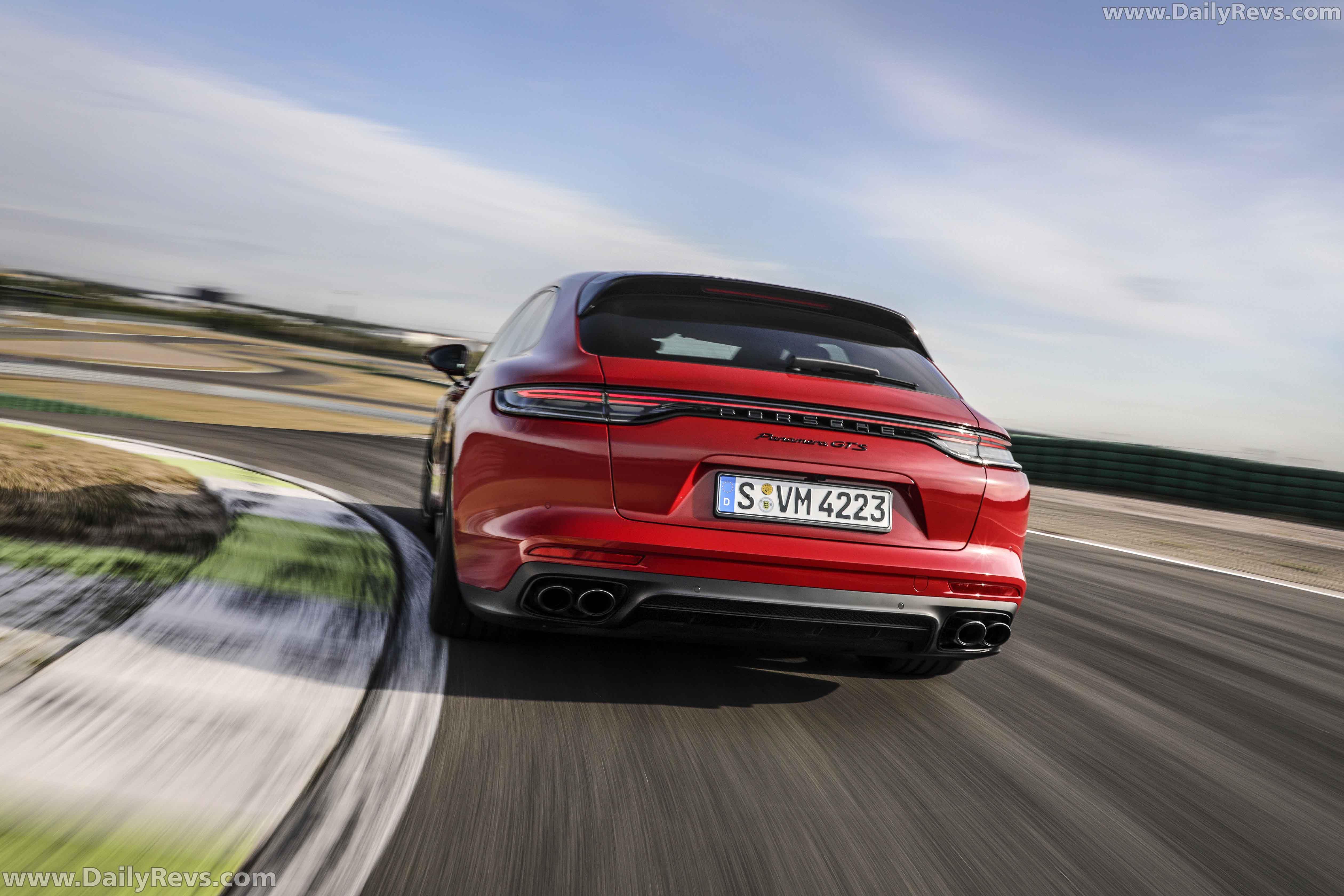 2021 Porsche Panamera GTS Sports Turismo - Dailyrevs