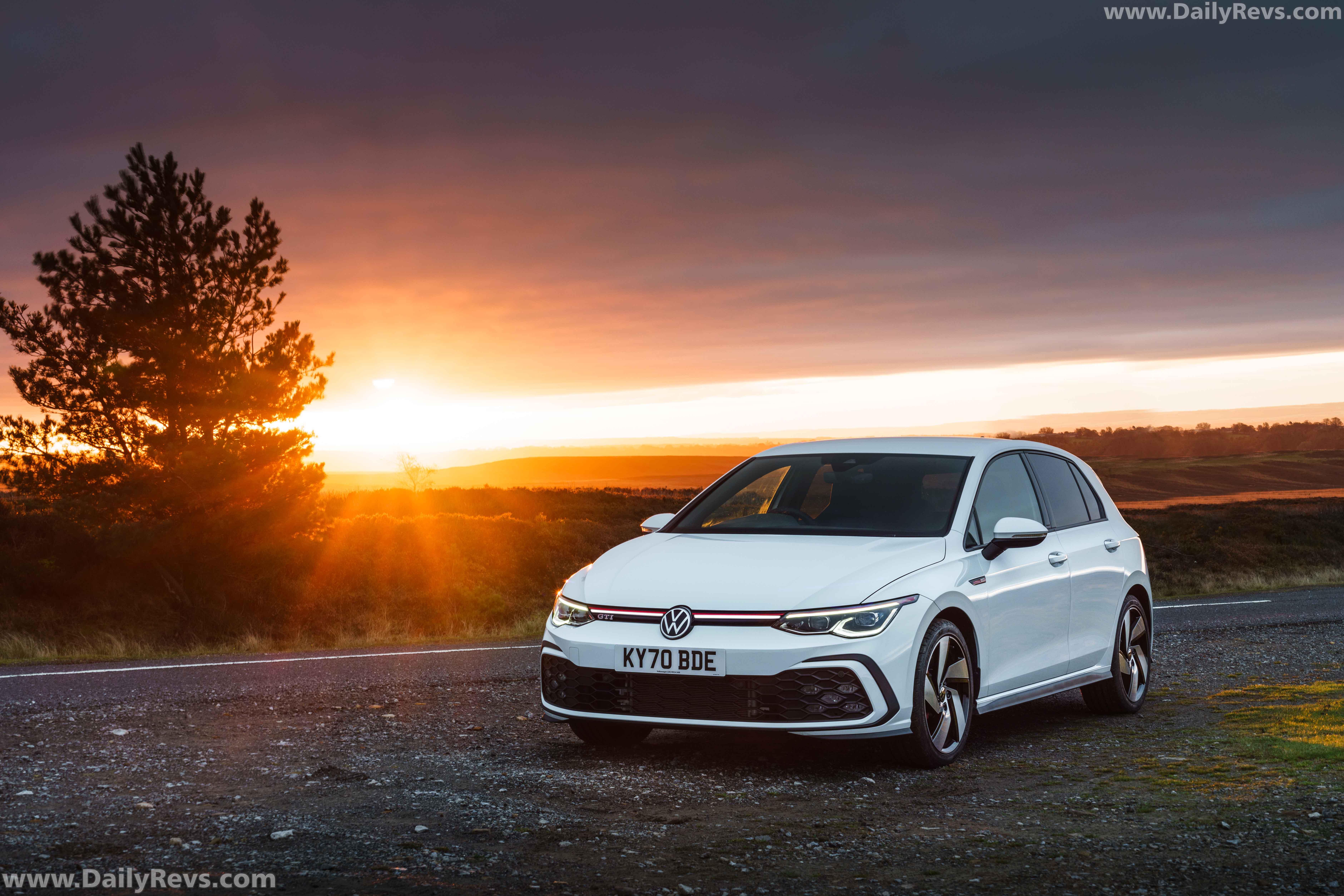 2021 Volkswagen Golf GTI – UK Version full