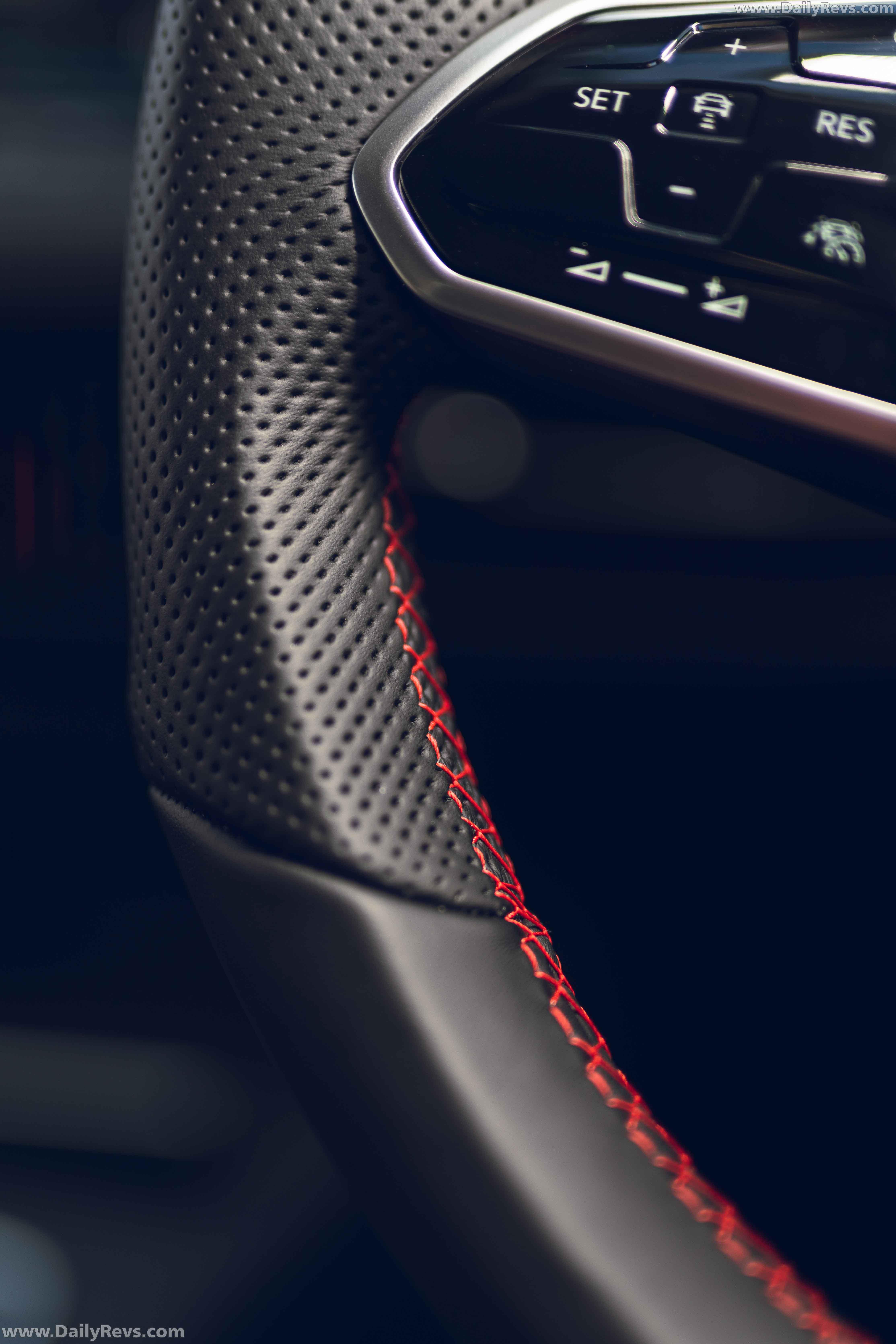 2021 Volkswagen Golf GTI Clubsport – UK Version full