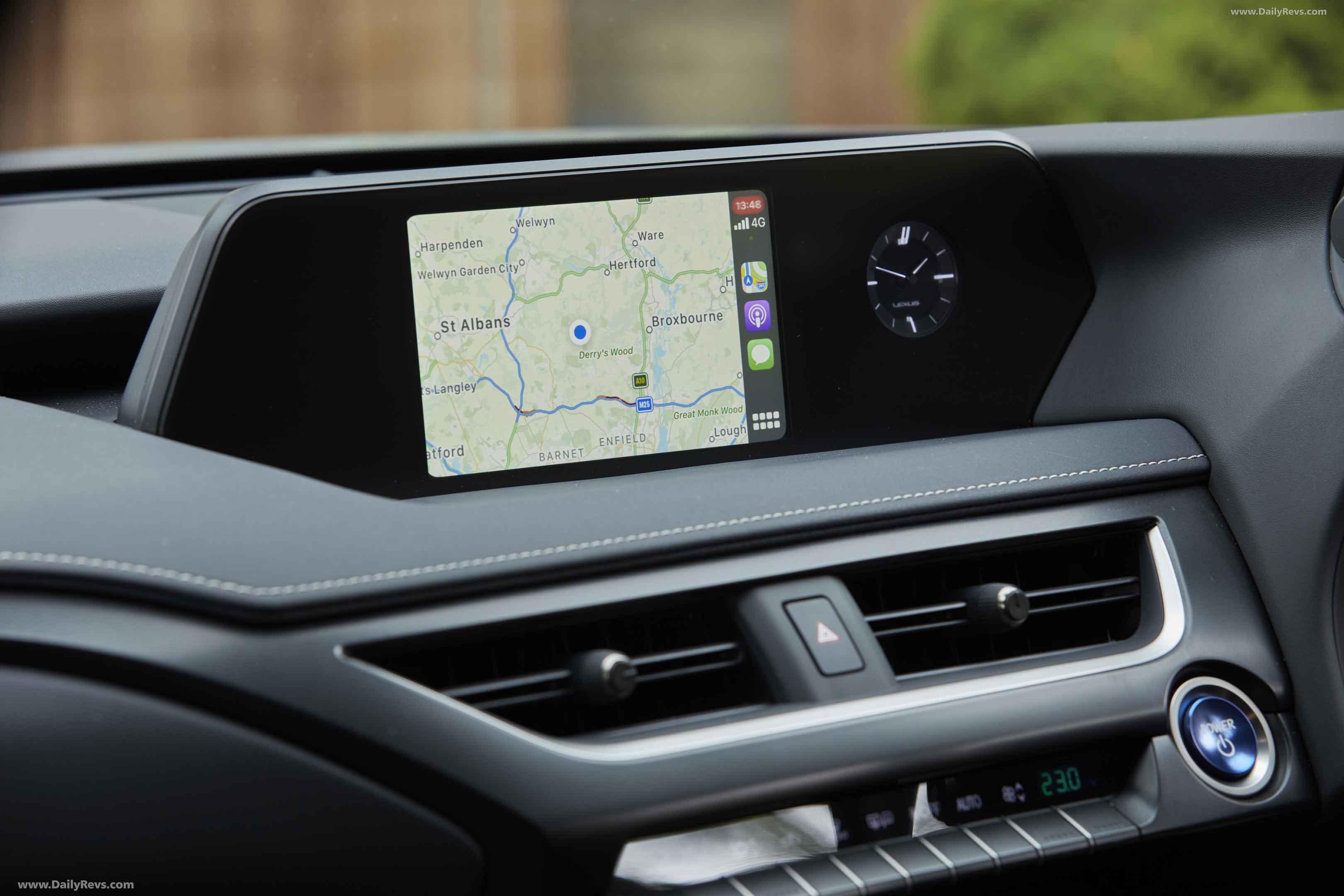 2021 Lexus UX 250h Premium Sport Edition full